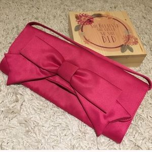 Hollywoud hot pink clutch purse